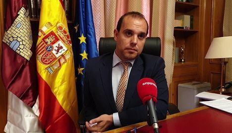 Pablo Bellido propondrá que el paso de consejeros por las Cortes sea en formato con menos diputados que el último pleno