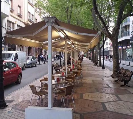 El Ayuntamiento de Albacete flexibilizará la ordenanza de terrazas y no cobrará la tasa en apoyo al sector hostelero