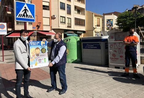 El Ayuntamiento de Albacete pide a la ciudadanía que colabore depositando guantes y mascarillas usados en papeleras y contenedores