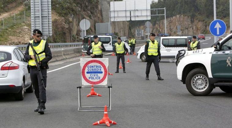 La Guardia Civil detiene a dos personas por un delito de tenencia ilicita de armas de fuego
