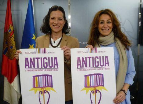 Rosa González, del Grupo Popular, a la derecha de la foto.