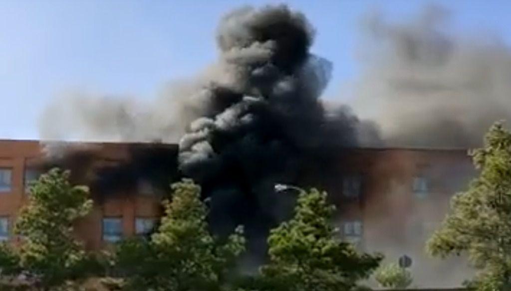 Extinguido el incendio declarado en el Hospital de Hellín, que ha sido desalojado