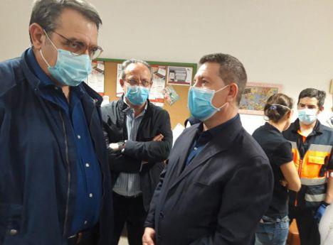 Incendio de Helín.- Nueve pacientes han sido trasladados al Hospital de Albacete, dos a la residencia Las Hazas de Hellín, y el resto permanecen en el CEIP La Olivarera