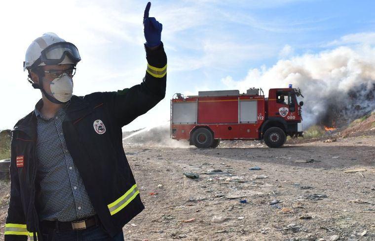 El incendio originado la tarde de este sábado en el CTRU está controlado y la Planta no tendrá problema para seguir recibiendo los residuos de toda la provincia