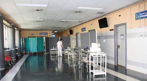 Descienden a 66 los pacientes ingresados por COVID en cama convencional en los hospitales de Castilla-La Mancha que registra 2 fallecidos