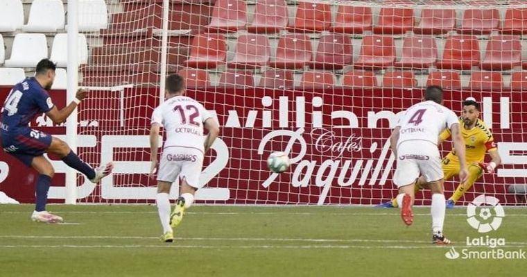 2-2. El Albacete se dejó dos puntos en el Carlos Belmonte ante el Huesca