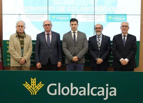 La Fundación Globalcaja Albacete y la Asociación de Ntra Sra María Santisima Virgen de los Llanos renovaron el convenio de colaboración