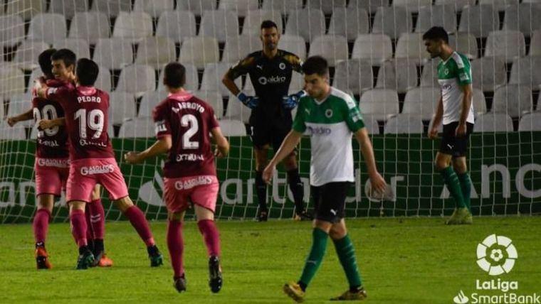 1-2. El Albacete remonta en El Sardinero y suma los tres puntos ante el Racing de Santander