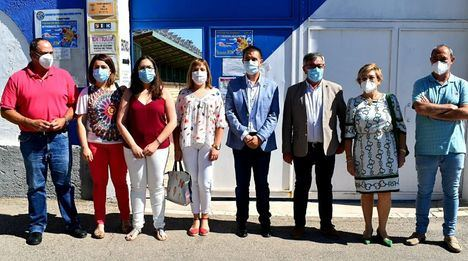 Santiago Cabañero supervisa la renovación de luminarias realizada a través de la Diputación en varios puntos del municipio de Hellín dentro de la EDUSI