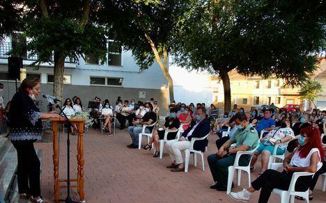 Emotiva misa en El Salobral en recuerdo de los fallecidos que no pudieron ser despedidos durante el confinamiento