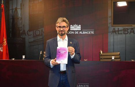 La Diputación de Albacete avanza hacia una comunicación administrativa no sexista con la 'Guía de lenguaje inclusivo'