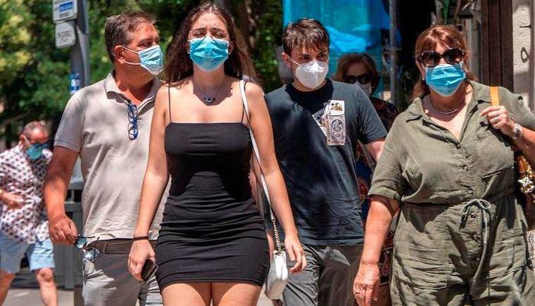 Los médicos advierten que las mascarillas «han llegado para quedarse»