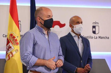 """Alejandro Ruiz (Ciudadanos): """"Gracias a este acuerdo, no volveremos a ver a médicos protegiéndose del Covid-19 con bolsas de basura"""""""