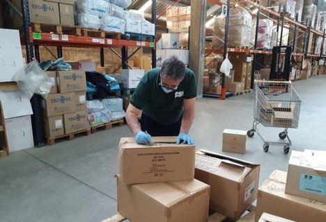 Coronavirus.- La Junta realiza un nuevo envío de más de medio millón de artículos de protección a los centros sanitarios