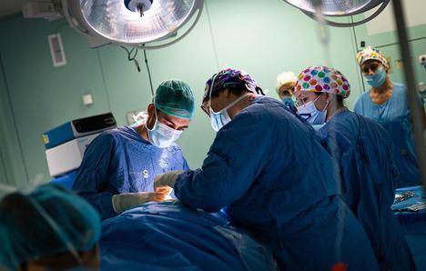 Los Hospitales de Castilla-La Mancha logran mantener durante el mes de julio los niveles de actividad quirúrgica similares a los del año anterior