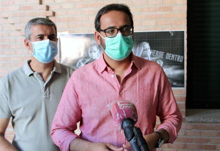 El PSOE dice a Paco Núñez que ni Ayuso ni Mañueco comparten ni comprenden sus medidas 'populistas' contra la pandemia