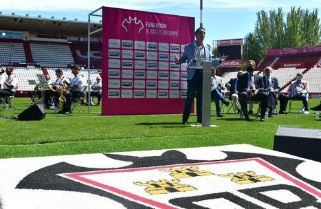 """Santi Cabañero felicita 'los 60' al Carlos Belmonte, """"un Estadio convertido en sentimiento para la gente de Albacete y provincia, por méritos propios"""""""