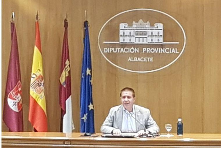 Los Ayuntamientos albaceteños podrán pedir ayudas a la Diputación por valor de 2.500 euros por centro educativo para reforzar su limpieza