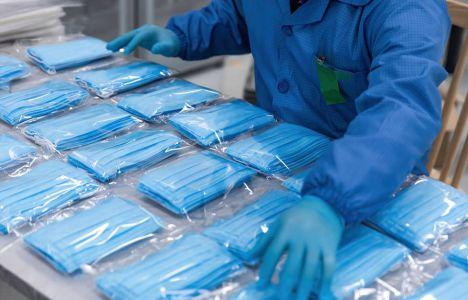 El Gobierno distribuirá a partir de este lunes 15 millones de mascarillas a través de la FEMP, 646.000 en Castilla-La Mancha