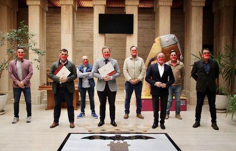 El Ayuntamiento de Albacete acuerda otorgar a la Asociación de Hostelería una ayuda de 150.000 euros para el sector