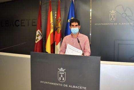 El Ayuntamiento de Albacete pone a disposición de los centros de Primaria de ciudad y pedanías ayudas para adquirir equipos informáticos