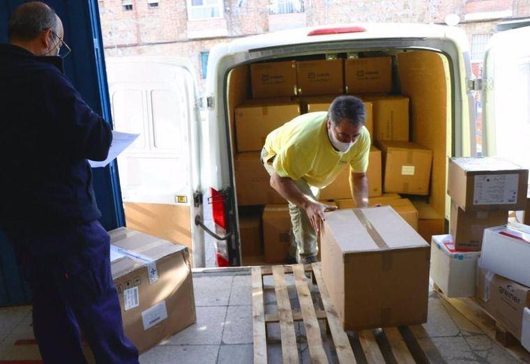 Castilla-La Mancha distribuye 32 millones de artículos de protección para profesionales sanitarios desde el inicio de la pandemia