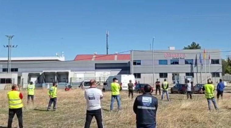 Los empleados de ambulancias lanzan un órdago a la Junta y amagan con huelga indefinida si no se aplica su convenio colectivo