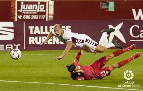 2-1. El Albacete sufre pero suma tres puntos muy importantes ante el Rayo