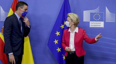 Bruselas respalda los planes presupuestarios del Gobierno de Sánchez mientras alerta del aumento de los desequilibrios por la pandemia