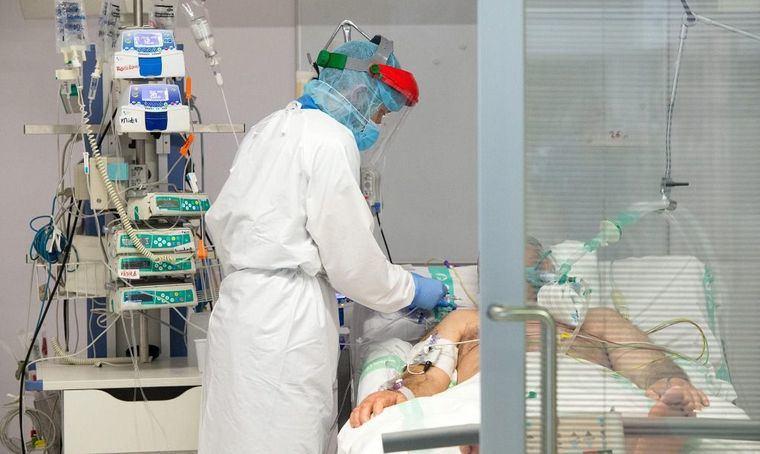 Coronavirus.- Descienden los hospitalizados en cama convencional, pero se confirman 670 nuevos casos: Toledo 202, Albacete 155, Ciudad Real 128, Guadalajara 129 y Cuenca 76