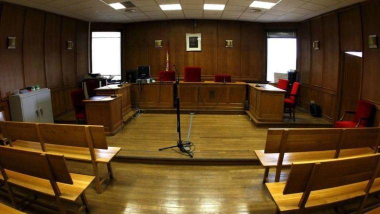 Tribunales.- Un conductor podría ir 3 años a la cárcel al ser acusado de provocar un accidente en el que falleció su padre