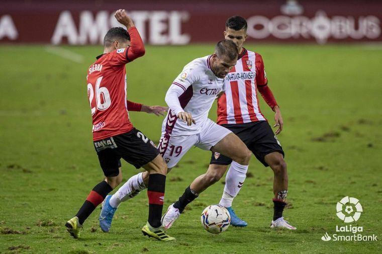 2-0. El logroñés hunde aún más a un Albacete inoperante y sin pegada
