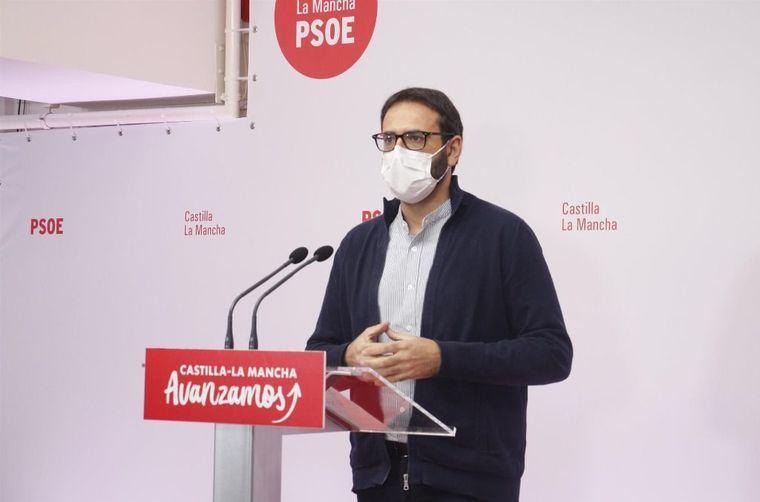 El PSOE acusa a Paco Núñez de 'plagiar' todo lo que hace Ayuso en Madrid 'venga o no a cuento en Castilla-La Mancha'