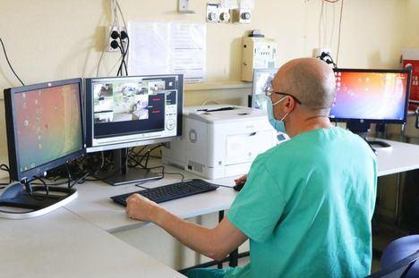Coronavirus.- Los nuevos positivos e ingresados descienden en Castilla-La Mancha, se mantienen los pacientes UCI y aumentan fallecidos