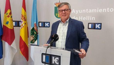 Para el alcalde de Hellín, Ramón García, el año 2020 pasará de la responsabilidad a la esperanza del 2021