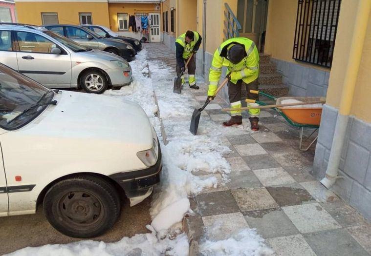 Temporal.- Ayuntamiento de Albacete ya ha esparcido por la ciudad 401 toneladas de sal