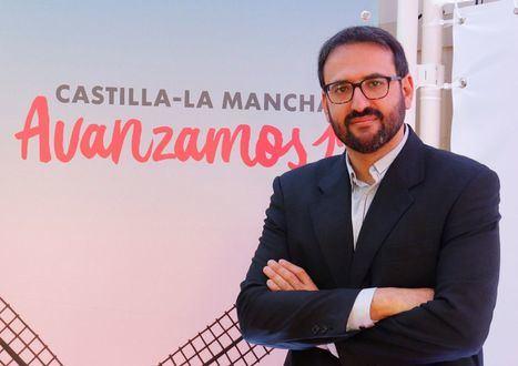 """Sergio Gutiérrez afirma que """"si nos dejáramos llevar por los titulares"""" del PP, """"hoy habría miles de personas"""" sin la segunda dosis"""