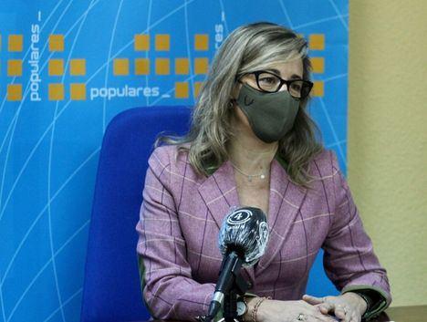 Lola Merino afirma que Núñez seguirá exigiendo a Page ayudas directas para los sectores más afectados por las medidas restrictivas