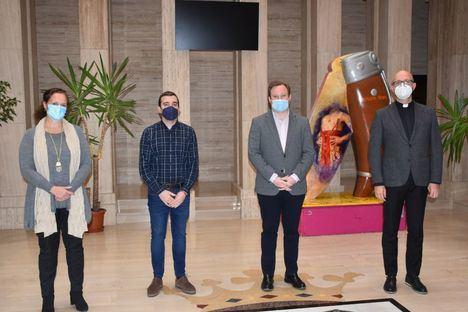 El Ayuntamiento de Albacete ofrece a la Junta de Cofradías su disponibilidad a colaborar en los actos que sea posible celebrar esta Semana Santa