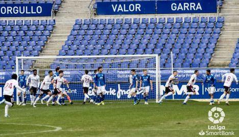 0-1.- El Albacete se impone ante el Oviedo con un tanto de Zozulia en el Tartiere