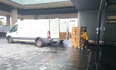 El Gobierno de Castilla-La Mancha ha distribuido esta semana cerca de 700.000 de artículos de protección para profesionales sanitarios