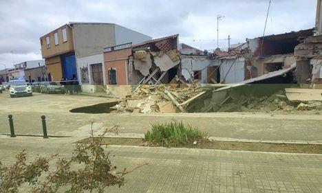 Se derrumban tres casas en Tomelloso sin causar daños personales