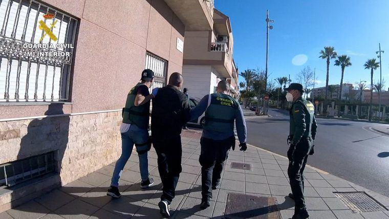 Detenidas 22 personas, muchas de ellas de Hellín, por tramitar rentas a falsas víctimas de violencia de género