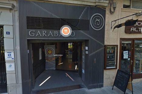 Sucesos.- Un restaurante de la Plaza del Altozano de Albacete arde tras un fuego originado en una freidora