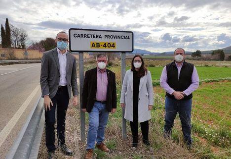 La seguridad vial del tramo de la AB-404, en Hellín, mejorará gracias al apoyo de la Diputación de Albacete