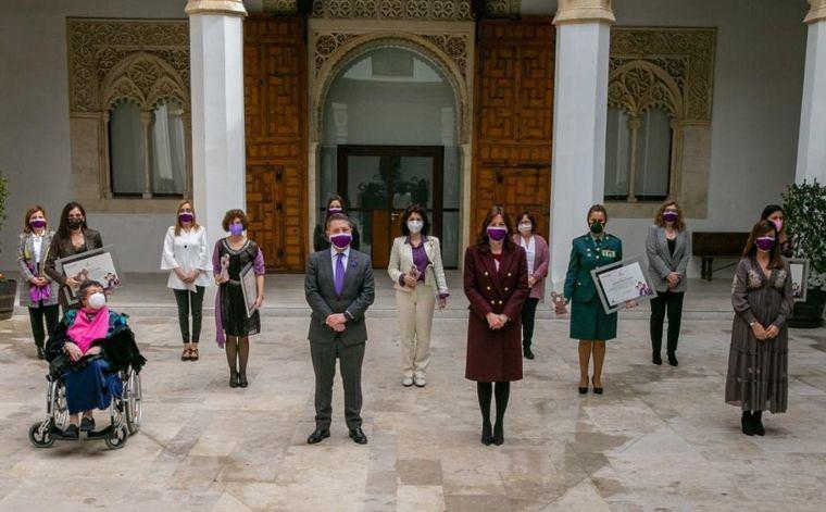 """8M.- El Gobierno de Castilla-La Mancha reconoce """"el trabajo y el compromiso imprescindible"""" de las mujeres durante la pandemia"""