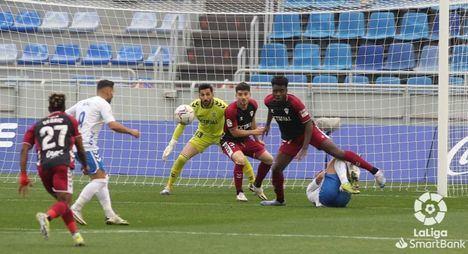2-0.- El Albacete pierde en Tenerife tras encajar dos goles en los últimos 4 minutos