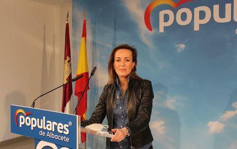 La Diputada del PP, Carmen Navarro, critica la falta de ayudas directas del Gobierno de Pedro Sánchez para sectores económicos estratégicos