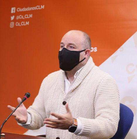 Alejandro Ruiz, (Ciudadanos) decide abandonar la vida política, renuncia a su escaño en las Cortes y vuelve a la abogacía