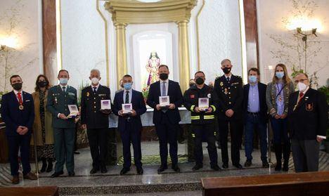 Vicente Casañ y el servicio municipal de Bomberos reciben la Medalla del Cristo de Medinaceli en Albacete